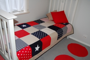 "Custom Single Quilt ""Red/Navy/Beige"""
