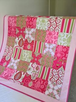 Cot Quilt Hot Pink/Green