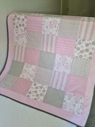 Cot Quilt Grey/Pale Pink
