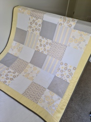 Cot Quilt Lemon/Grey No.2